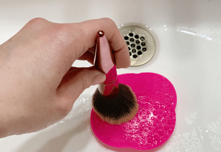 How To Affordably Clean Your Makeup Brushes Seamlined Living
