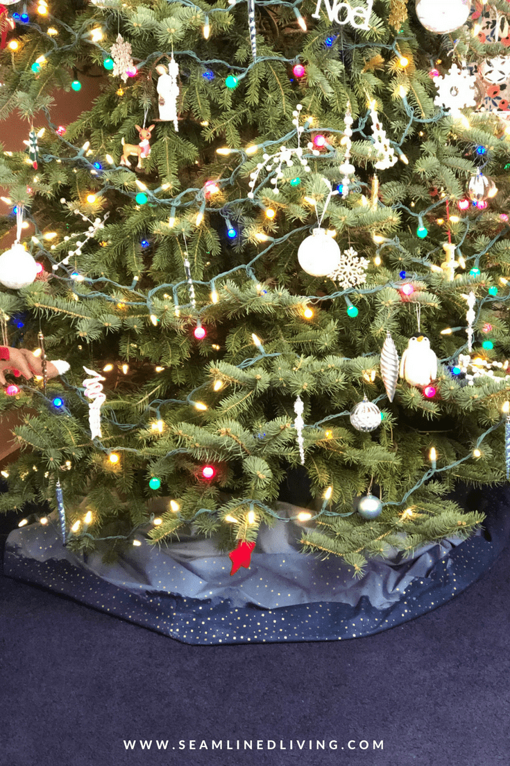 No-Sew Christmas Tree Skirt - DIY Christmas Project | Seamlined Living